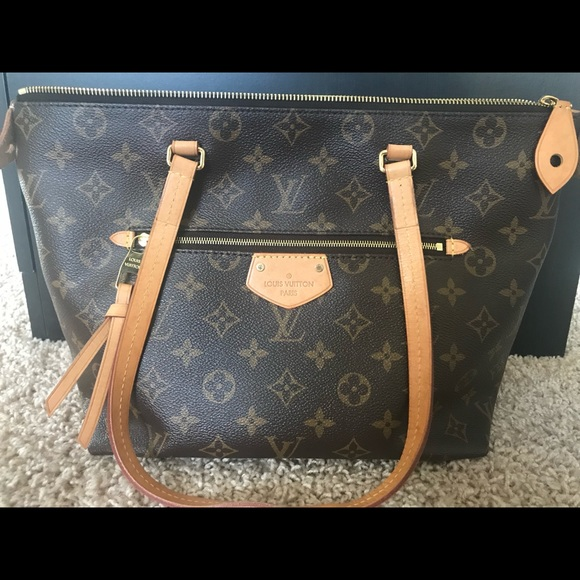 c7821372e2d Louis Vuitton Bags | Lena Pm Monogram Canvas | Poshmark